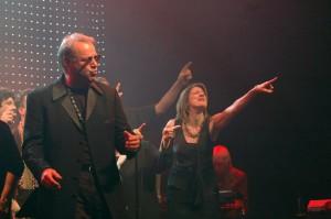 Dirk Hillyer on stage during the 2011 Todd Rundgren Tour.