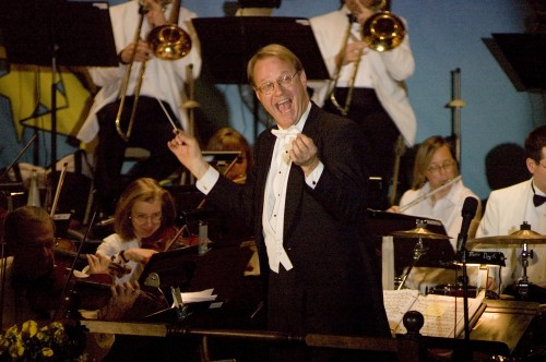 Dirk Hillyer, conductor of the Hillyer Festival Orchestra
